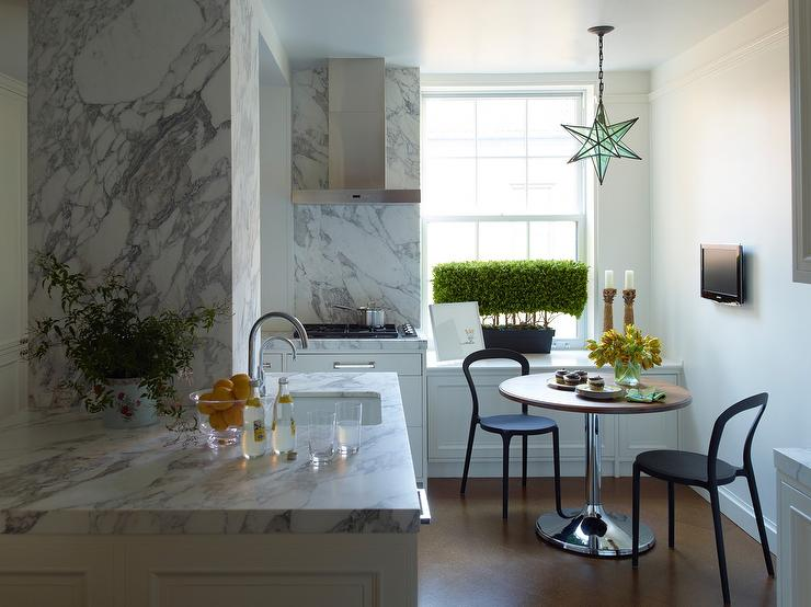 Modern Kitchen Inspiration Design by Peter Pennoyer Architects